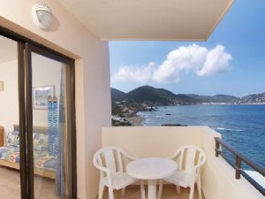 invisa-hotel-club-cala-verde-cala-blanca-san-carlos-sta-eulalia-ibiza_220720091629021368